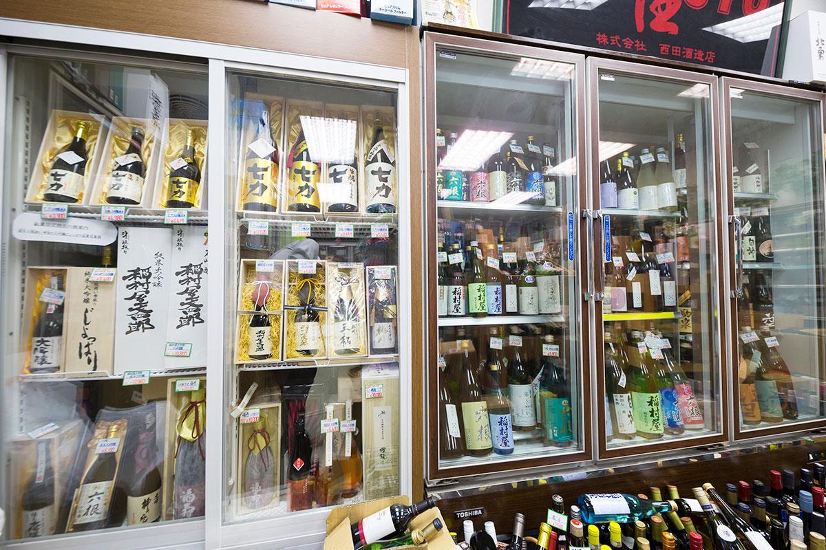 酒のなかむら 店内 地酒 青森の焼酎 下北ワイン